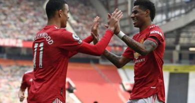 Manchester United 3-1 Burnley: Mason Greenwood scores twice for hosts